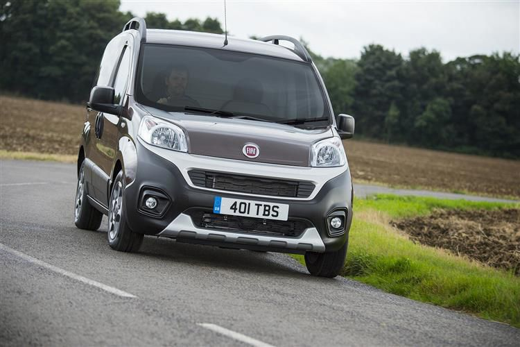 Fiat Fiorino Cargo 1.3 MultijetII FWD 95PS Adventure Van Manual [Start Stop]