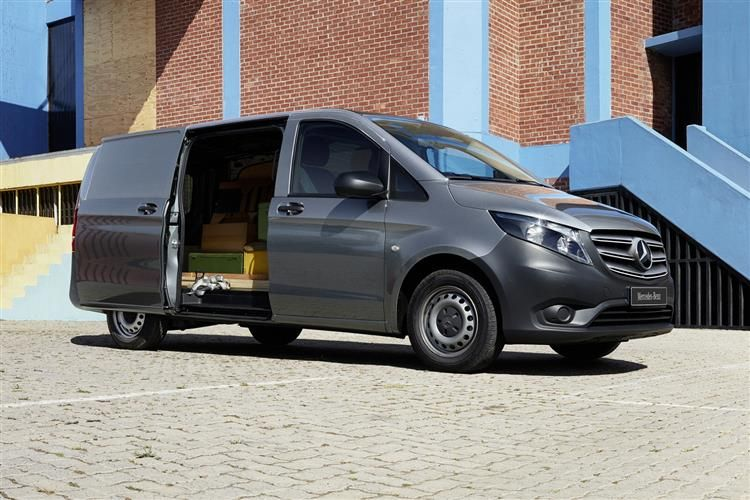 Mercedes-Benz Vito Tourer 116 L2 M1RWD 2.1 CDi RWD 163PS SELECT Minibus G-Tronic [Start Stop] [8Seat]
